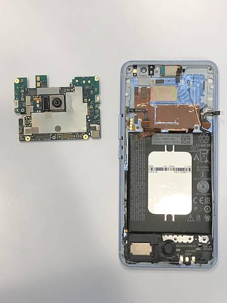 HTC U11+手機維修_更換後相機03.jpg