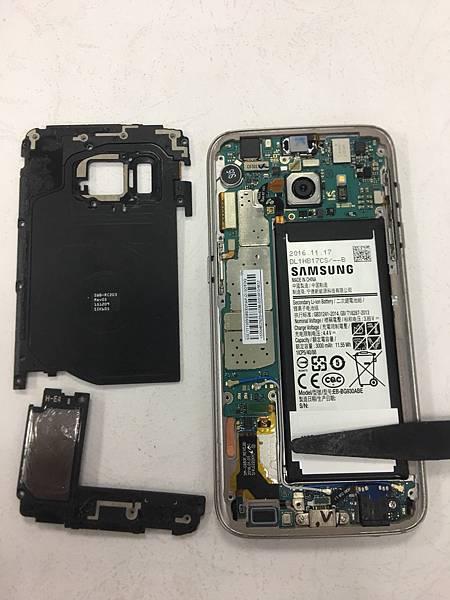 三星S7手機維修_更換電池_更換耳機孔03.jpg