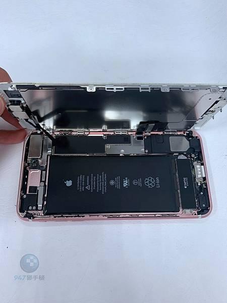 IPHONE 7+ 手機維修_電池維修_尾插模組更換02.jpg