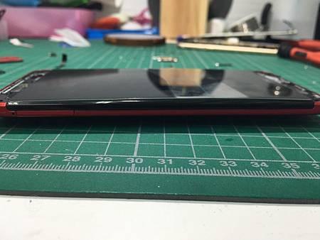 E8電池膨脹 (1)