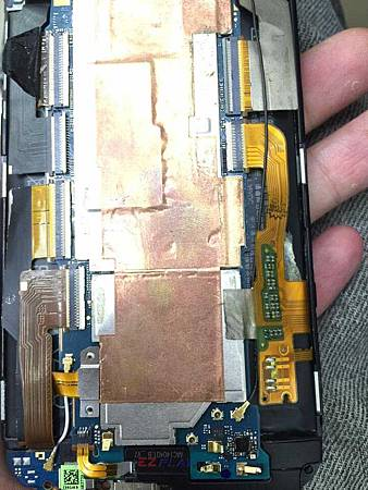 手機自行拆機更換零件,機板壞了