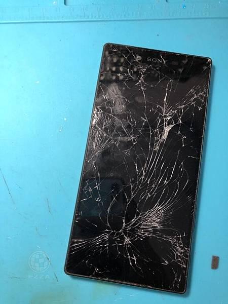 SONY Z5P面板慘摔