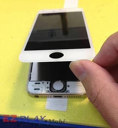 iPhone 5S框跟面板總成分家