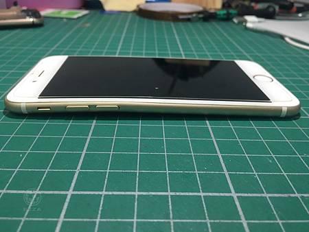 IPHONE6背蓋彎曲