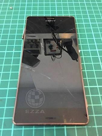 Sony Z3 面板怎這麼脆弱