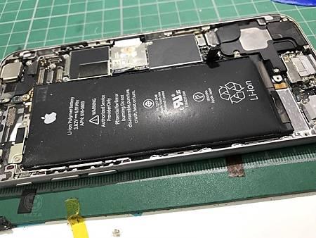 I6電池膨脹