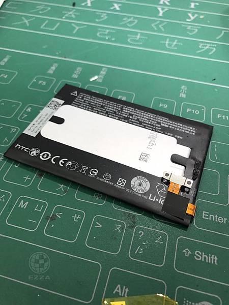 M8換電池_
