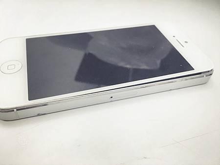IPHONE5電池膨脹(1)