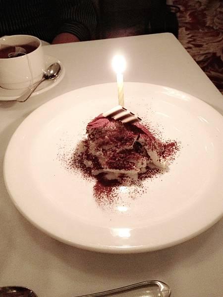 生日才有的蛋糕~提拉米蘇