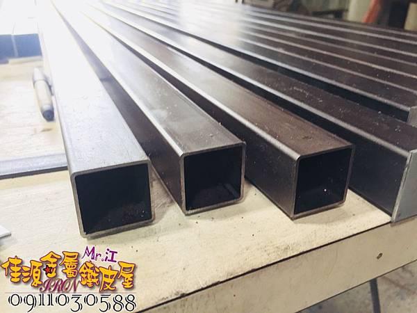 商品展示鐵架 鐵層板 裝飾架  (1).jpg