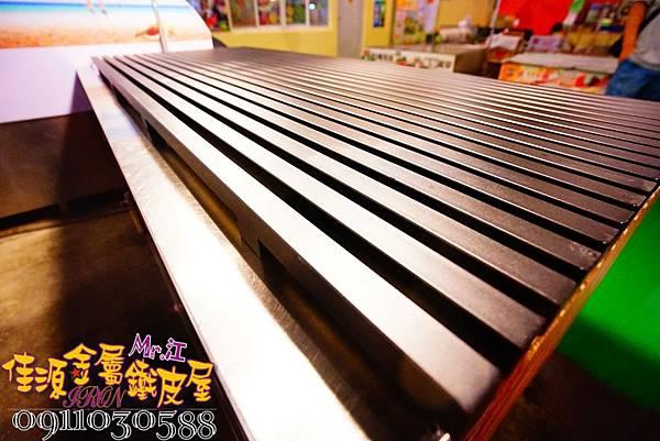 商品展示鐵架 鐵層板 裝飾架  (6).jpg