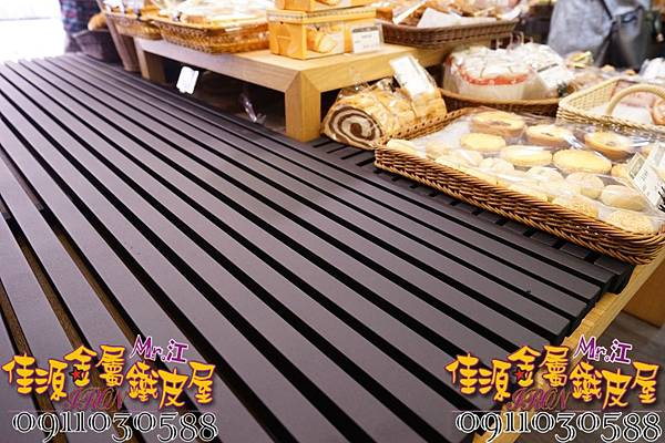 商品展示鐵架 鐵層板 裝飾架  (8).jpg