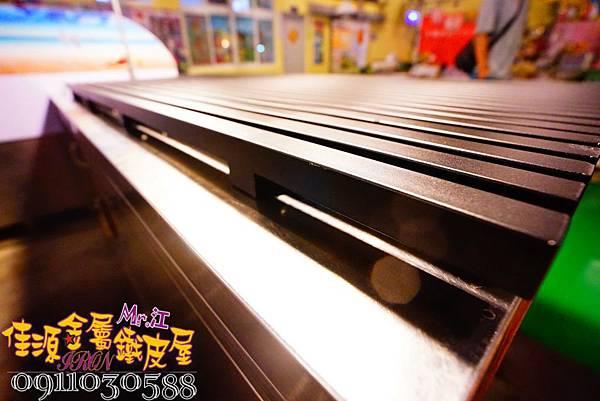 商品展示鐵架 鐵層板 裝飾架  (9).jpg