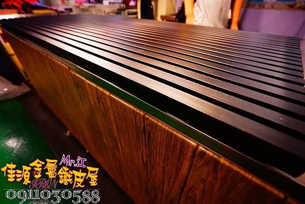商品展示鐵架 鐵層板 裝飾架  (13).jpg