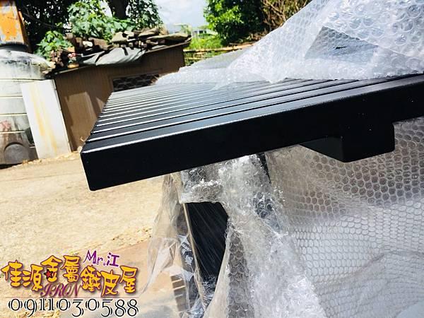 商品展示鐵架 鐵層板 裝飾架  (19).jpg