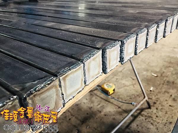 商品展示鐵架 鐵層板 裝飾架  (24).jpg