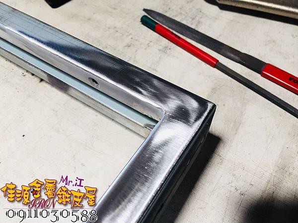 層板鐵件 玻璃拉門 (19).jpg