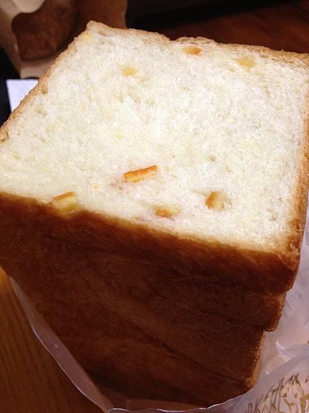 102.05愚樵窯烤麵包