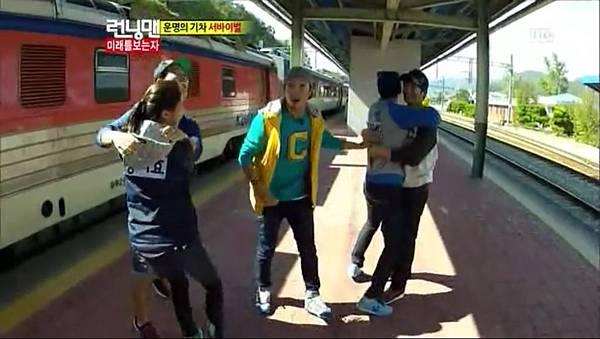 [TSKS][Running man][E116][20121021][KO_CN].rmvb_20121029_112549.230