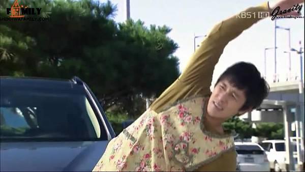 【神话家族&万有引力】KBS1TV《加油,Mr.金!》E05.avi_20121111_112038.389