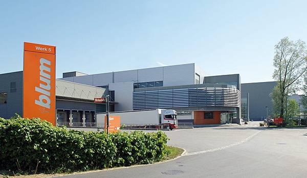 富斯阿赫5號工廠.jpg