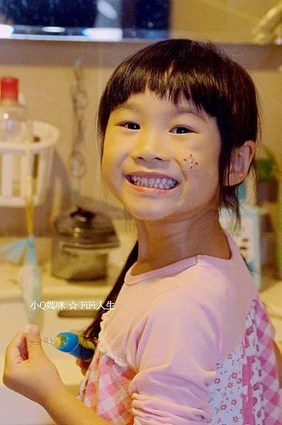 兒童電動牙刷16.jpg