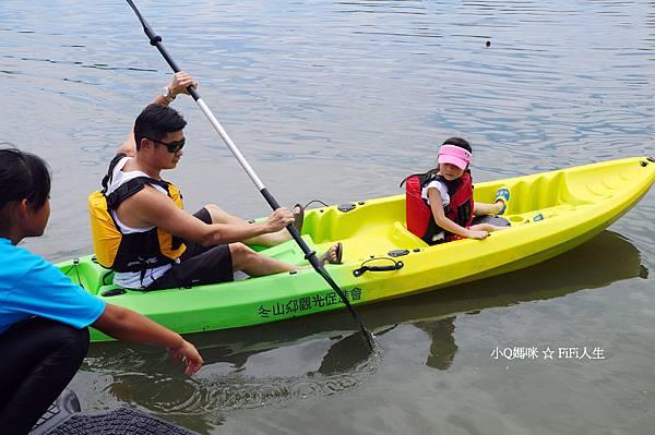 童玩節滑輕艇3.jpg