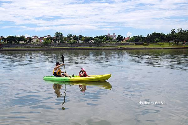 童玩節滑輕艇4.jpg