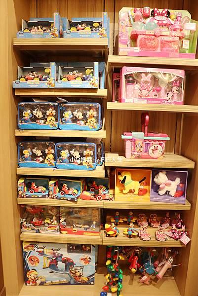 探索家酒店迪士尼商店28.jpg
