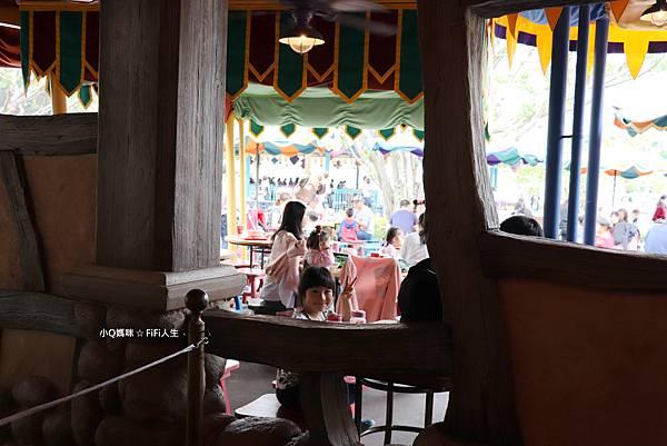 香港迪士尼餐廳38.jpg