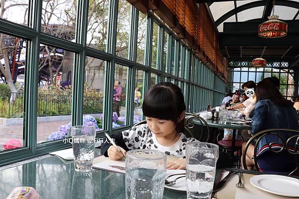 香港迪士尼餐廳49.jpg