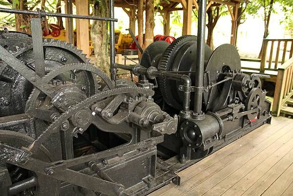 蒸汽集材機