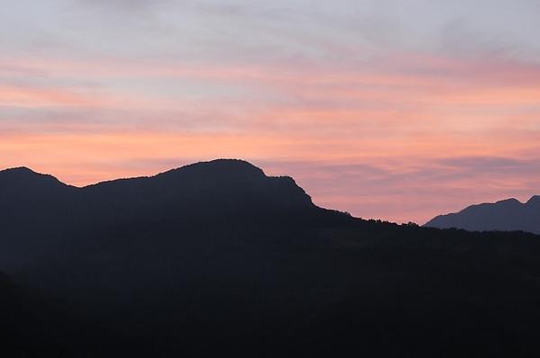日出前的天空(2010/03/04 06:10:10)