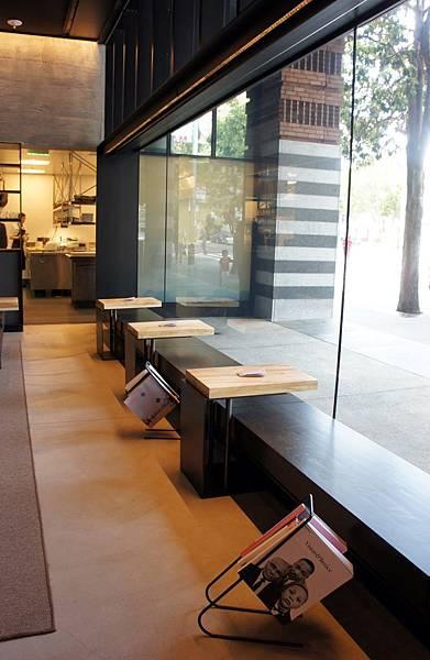 Lounge Bar_1