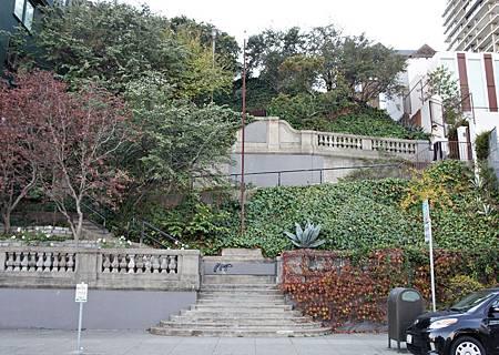 Ina Coolbrith Park_Vallejo St. Steps