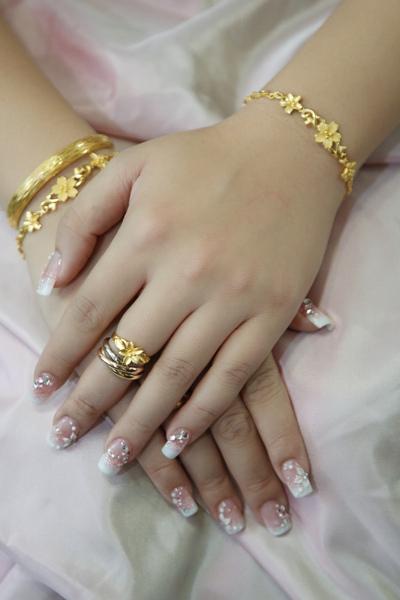 囍-新娘水晶指甲