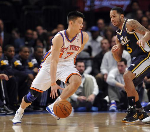 華裔林書豪(JEREMY LIN)在NBA大展神威