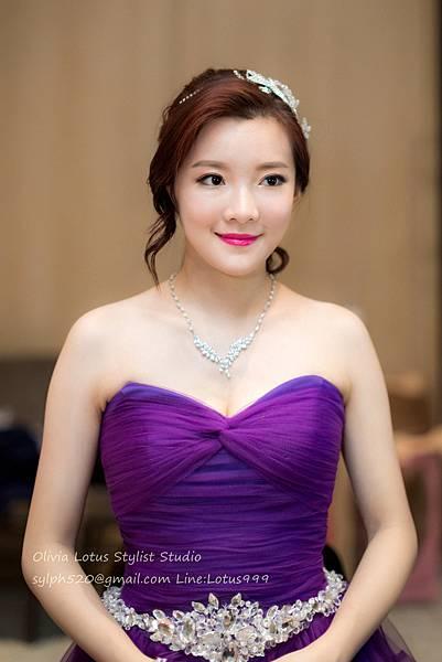 29時尚簡約新娘造型~質感新秘推薦Olivia Lotus純晚宴造型工作紀錄