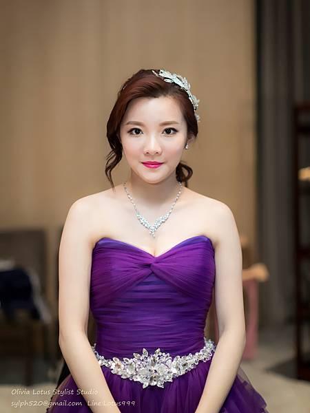 30時尚簡約新娘造型~質感新秘推薦Olivia Lotus純晚宴造型工作紀錄