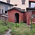 左護龍走廊的後院的廁所.JPG