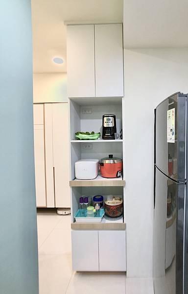 圖9-廚房_電器拉抽.jpg