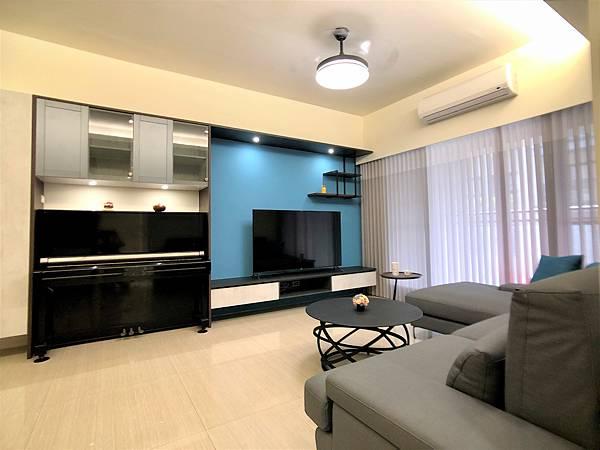 圖4_客廳_電視牆與鋼琴.jpg