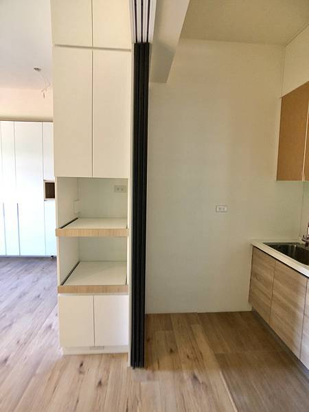 圖8廚房_電器櫃.jpg
