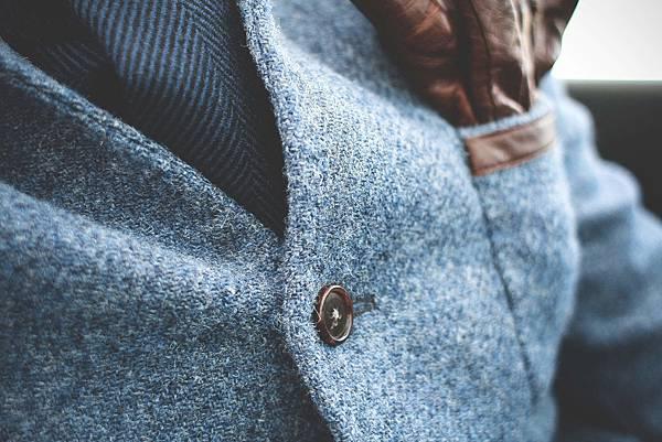 coat-button_free_stock_photos_picjumbo_IMG_5790-2210x1473.jpg