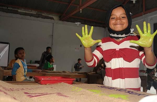 PT Volkopi Indonesia Annual CSR Report FY1213