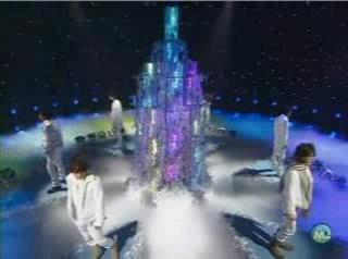 YouTube - KAT-TUN081128MSlive.avi_000025666.jpg