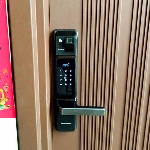 台灣的電子鎖 智慧管家電子鎖 包含密碼鎖、指紋鎖、機械鎖、APP和語音鎖等功能