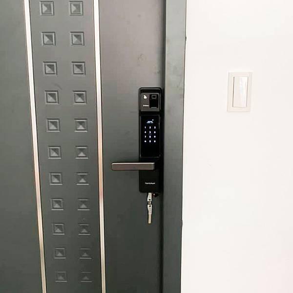 台灣的電子門鎖智慧管家電子鎖 七合一解鎖滿足全家人的使用方式