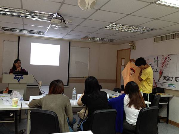 圖5學員們針對公益商品提出想法及見解
