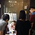 阿KEN為學員介紹髮型店的工作內容,並分享從事髮型業的心路歷程。.jpg